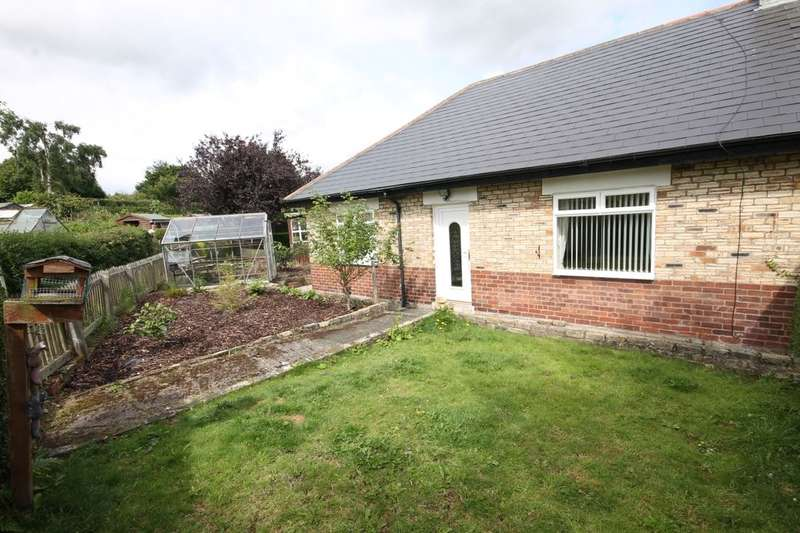3 Bedrooms Semi Detached Bungalow for sale in The Crescent, High Spen, Rowlands Gill, NE39