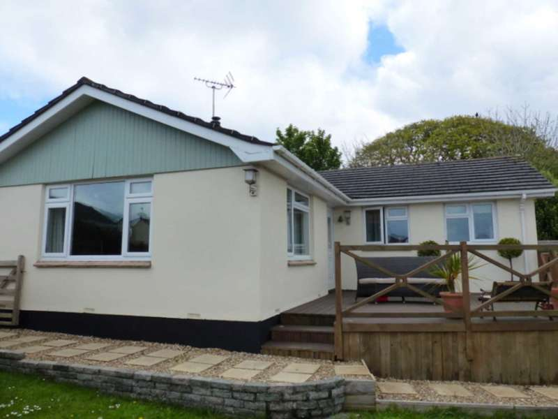 4 Bedrooms Bungalow for sale in Scotts Close, Churchstow