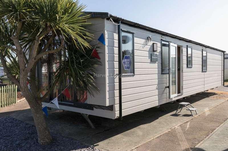 2 Bedrooms Caravan Mobile Home for sale in Felixstowe, Suffolk