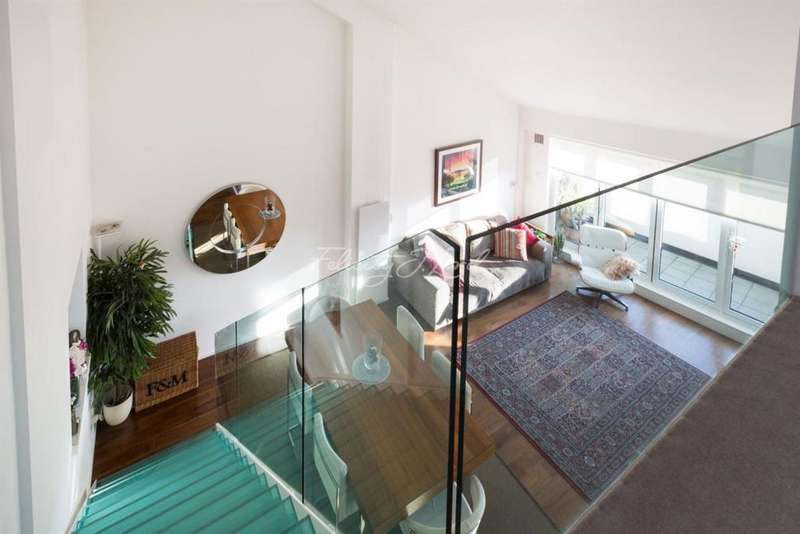 3 Bedrooms Flat for sale in The Cooperage, Gainsford Street, SE1