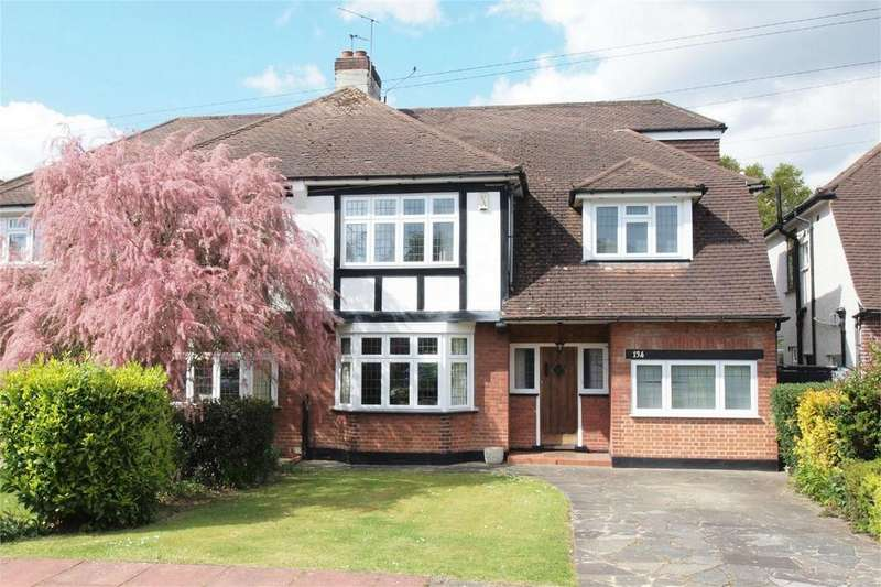 4 Bedrooms Semi Detached House for sale in Hayes Chase, West Wickham, Kent