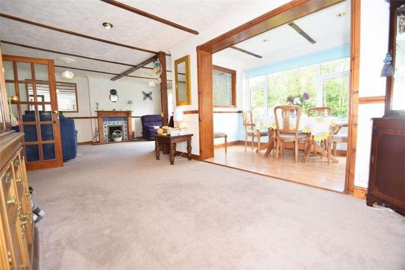3 Bedrooms Detached House for sale in Hallsfield Road, Walderslade
