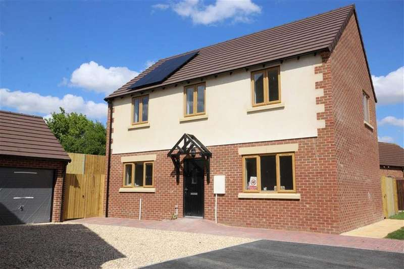 4 Bedrooms Detached House for sale in Kestrel Way, Northway, Tewkesbury, Gloucestershire