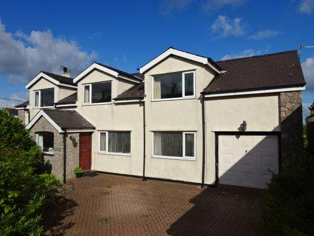 5 Bedrooms Detached House for sale in BRYNSIENCYN LL61