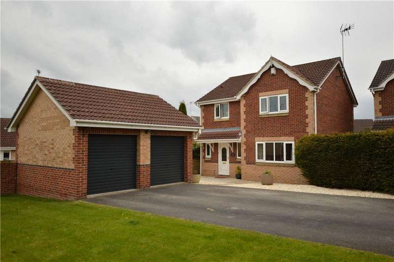 4 Bedrooms Detached House for sale in Shelley Close, Oulton, Leeds, West Yorkshire