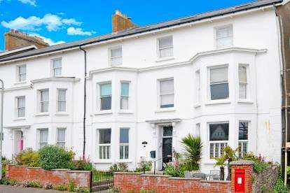 2 Bedrooms Flat for sale in Seaton, Devon
