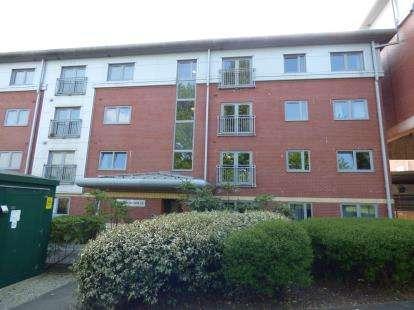 2 Bedrooms Flat for sale in Woodrow House, New Hall Lane, Preston, Lancashire, PR1