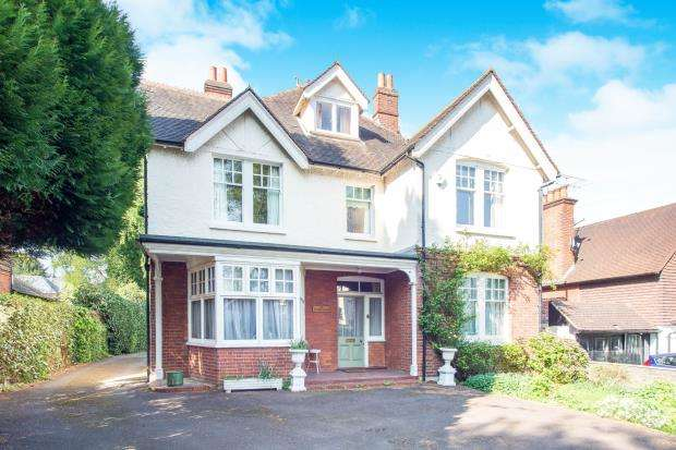 6 Bedrooms Detached House for sale in Esher, Surrey