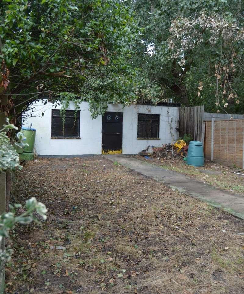 1 Bedroom Land Commercial for sale in Selhurst Road, Selhurst, London, SE25 5QA