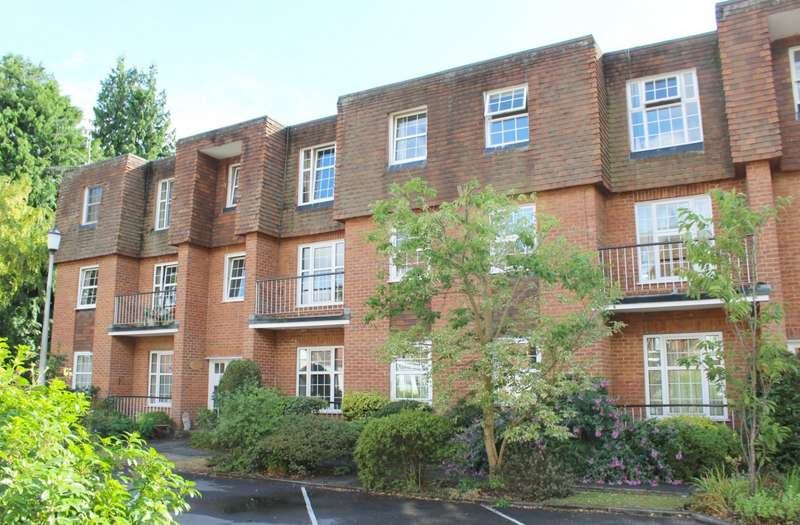 2 Bedrooms Flat for sale in Northfield Close, Northfield End, Henley-On-Thames, RG9