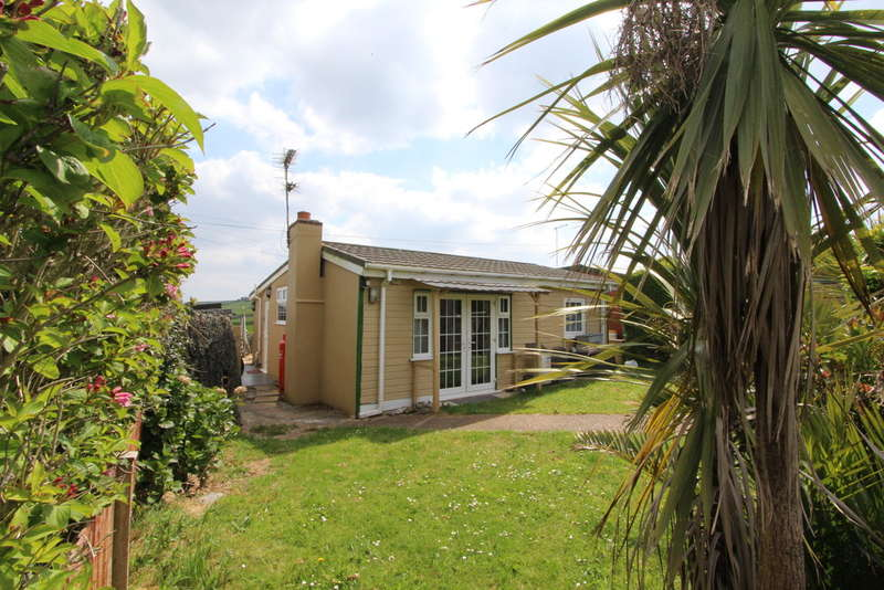 3 Bedrooms Detached Bungalow for sale in Millbrook