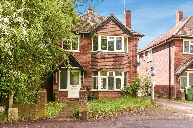 4 Bedrooms House for sale in Cleveland Road, Uxbridge, Middlesex, UB8