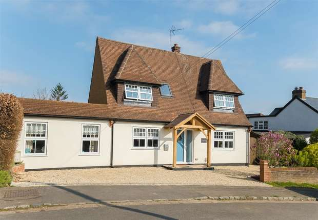3 Bedrooms Detached House for sale in Penn Road, Chalfont St Peter, Buckinghamshire