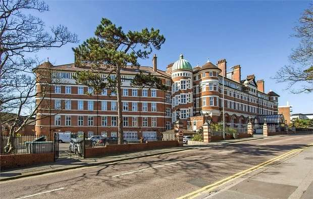 1 Bedroom Flat for sale in Owls Road, Bournemouth, Dorset