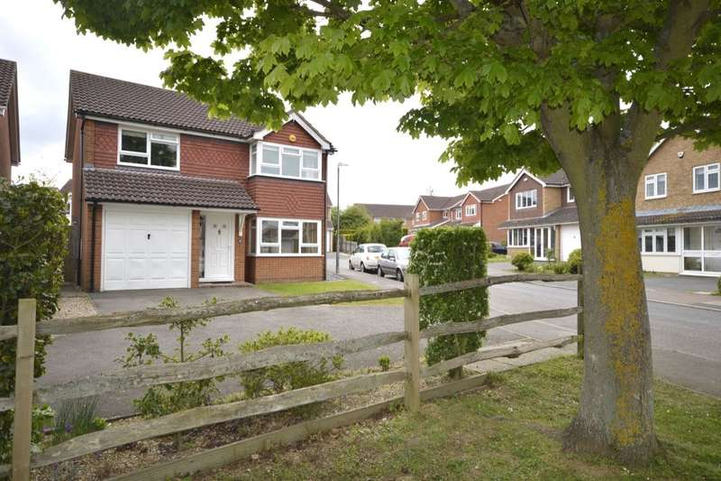 4 Bedrooms Detached House for sale in Hazelwood Drive, Maidstone, ME16