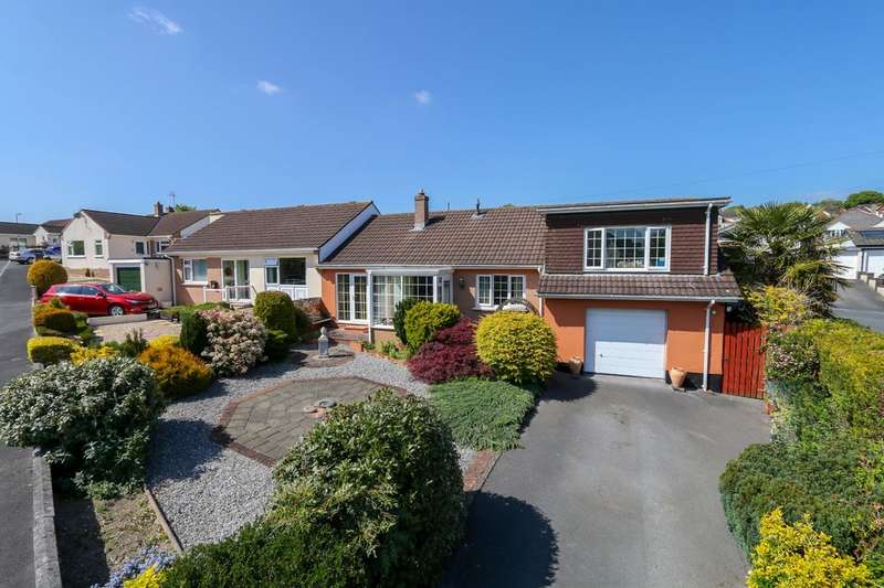3 Bedrooms Semi Detached Bungalow for sale in Darran Close, Kingsteignton