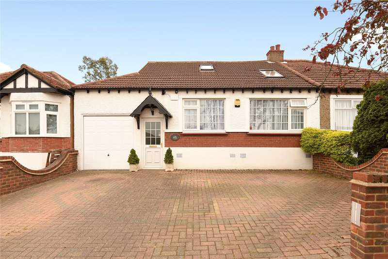 4 Bedrooms Semi Detached Bungalow for sale in Lyndhurst Gardens, Pinner, Middlesex, HA5
