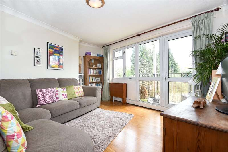 2 Bedrooms Apartment Flat for sale in Buttlehide, Maple Cross, Hertfordshire, WD3