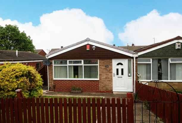 1 Bedroom Bungalow for sale in Lichfield Avenue, Middlesbrough, Cleveland, TS6 9NQ