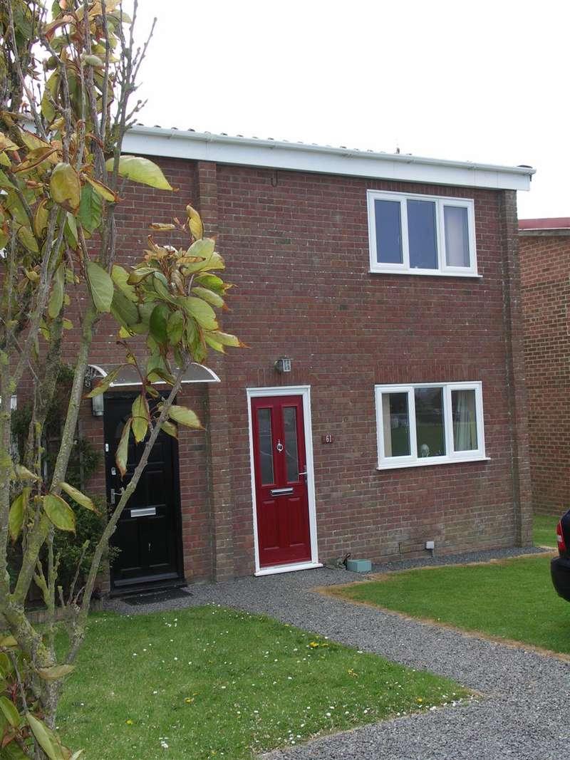 2 Bedrooms Terraced House for sale in Walcott, Norwich, Norfolk, NR12