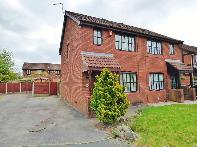 2 Bedrooms House for sale in Malvern Close, Great Sankey, Warrington
