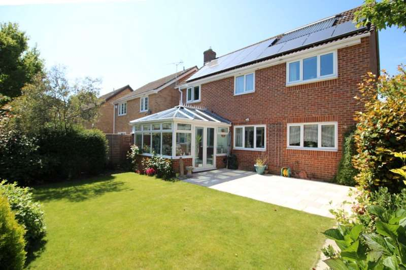 4 Bedrooms Detached House for sale in Sorrel Close, Locks Heath, Southampton, SO31