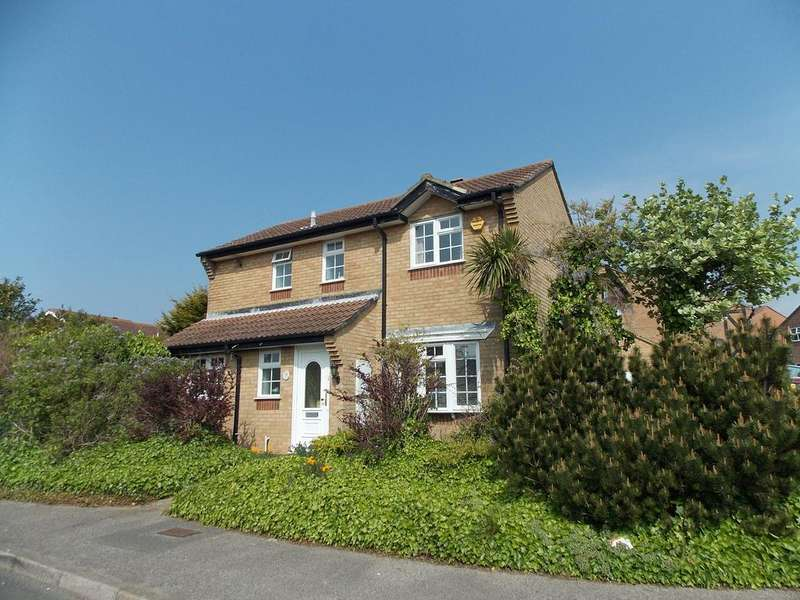 3 Bedrooms Detached House for sale in Kirby Drive, Telscombe Cliffs, East Sussex
