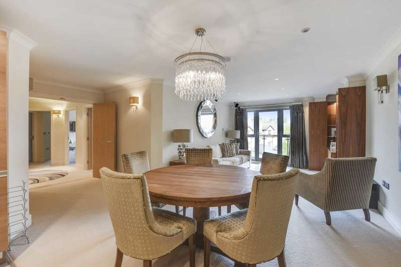 3 Bedrooms Apartment Flat for sale in Furnace House, Oxford