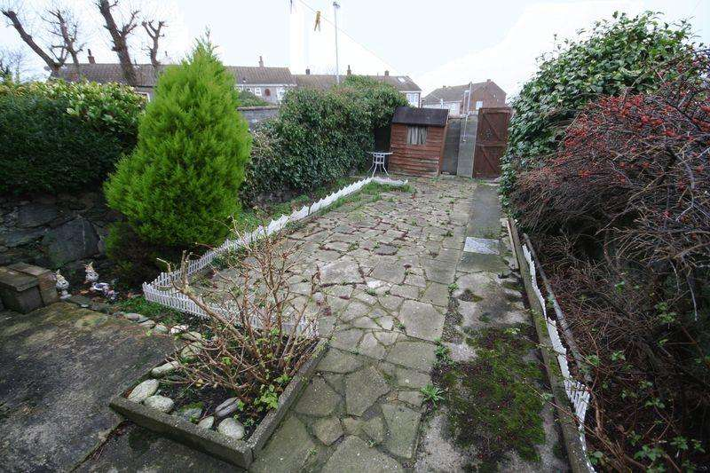 2 Bedrooms Terraced House for sale in Newry Street, Holyhead, Anglesey
