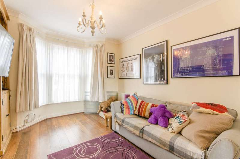 2 Bedrooms House for sale in Woodlands Road, Enfield, EN2