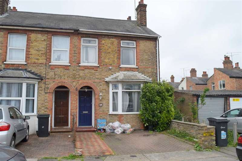 3 Bedrooms House for sale in Henry Road, Chelmsford