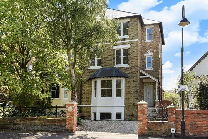 5 Bedrooms Semi Detached House for sale in Leckford Road, Walton Manor