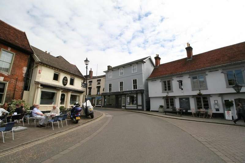 2 Bedrooms Flat for sale in Framlingham, Suffolk