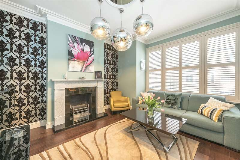 2 Bedrooms Flat for sale in Mackeson Road, Hampstead, London, NW3