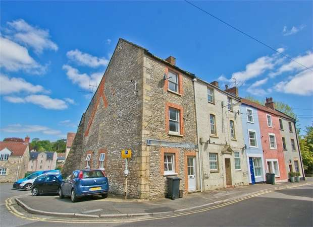 4 Bedrooms Town House for sale in SHEPTON MALLET, Somerset