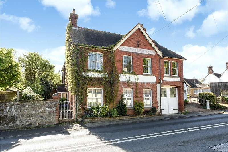 5 Bedrooms House for sale in Stane Street, Codmore Hill