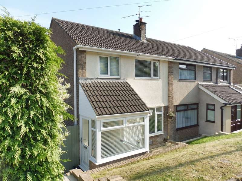 3 Bedrooms Semi Detached House for sale in St Davids Avenue, Dinas Powys