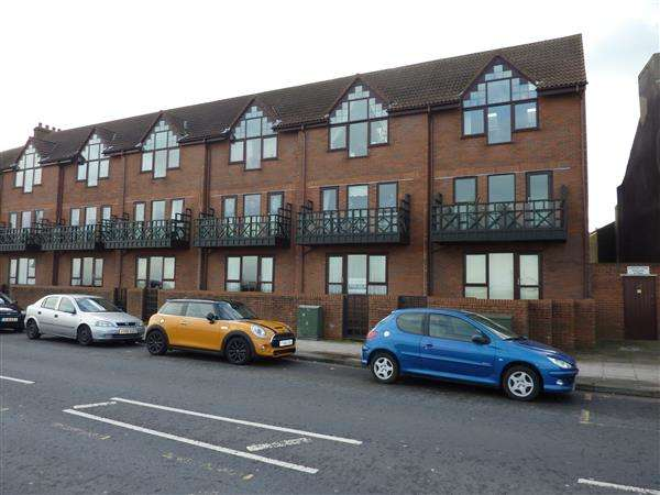 1 Bedroom Apartment Flat for sale in KINGSWAY COURT, CLEETHORPES