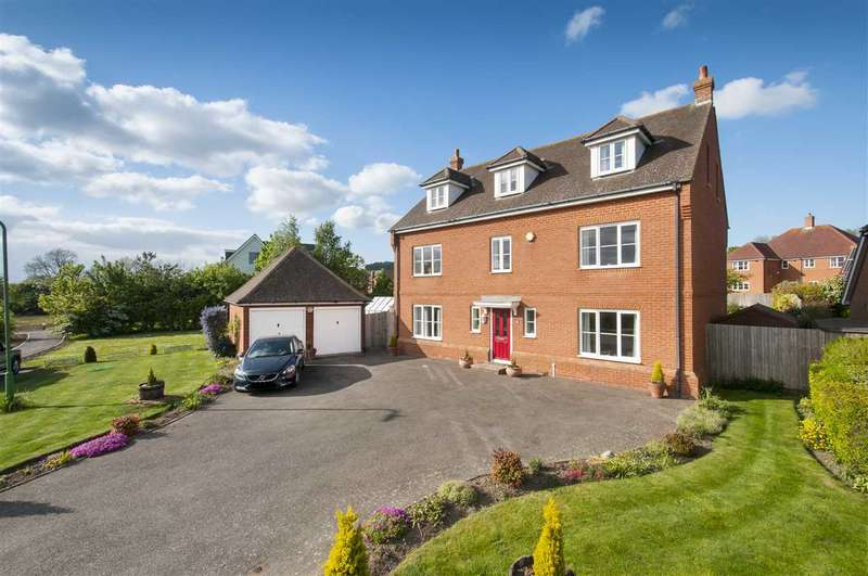 5 Bedrooms Detached House for sale in Ellen Close, Charing