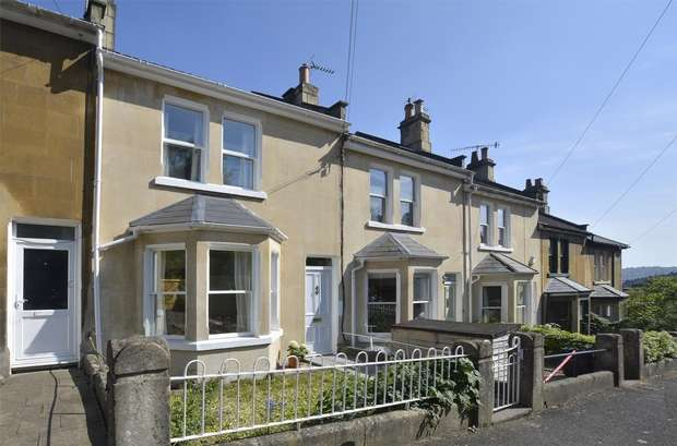 3 Bedrooms Terraced House for sale in 21 Seymour Road, Camden, Bath