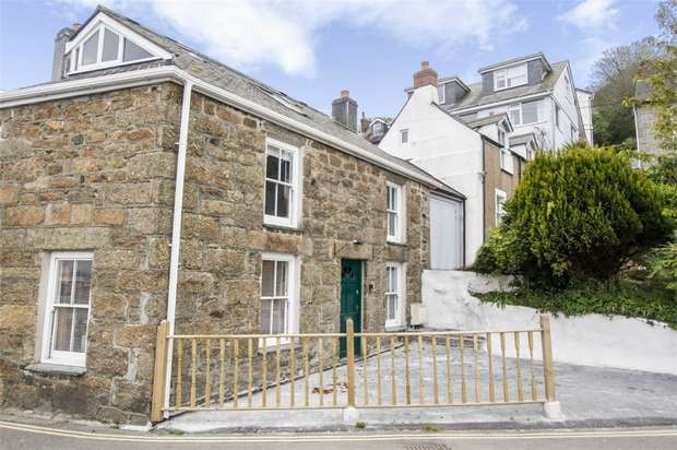 3 Bedrooms Cottage House for sale in The Bowjey Hill, Newlyn, Penzance, Cornwall