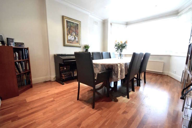 6 Bedrooms Semi Detached House for sale in HOLMFIELD AVENUE, HENDON, London, NW4