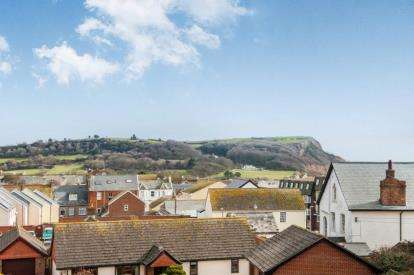 4 Bedrooms Barn Conversion Character Property for sale in Havenview Road, Seaton, Devon