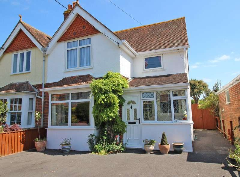 3 Bedrooms Semi Detached House for sale in Carrington Lane, Milford On Sea, Lymington