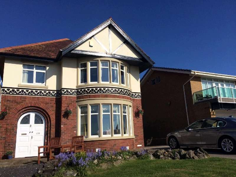 5 Bedrooms Detached House for sale in Queens Promenade, Blackpool, FY2 9HA