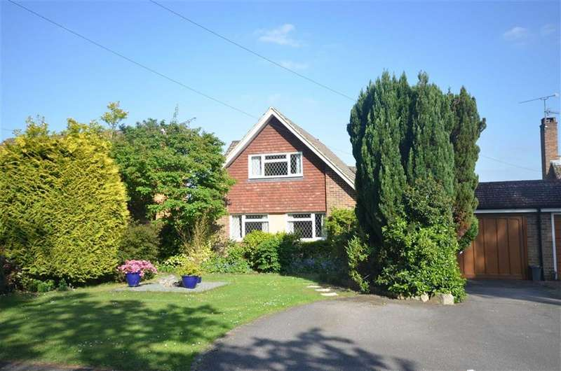 4 Bedrooms Property for sale in Oakland Avenue, Farnham