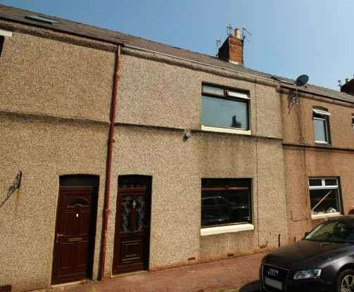 2 Bedrooms Terraced House for sale in Annan Street, Barrow-In-Furness, Cumbria, LA14 2QU