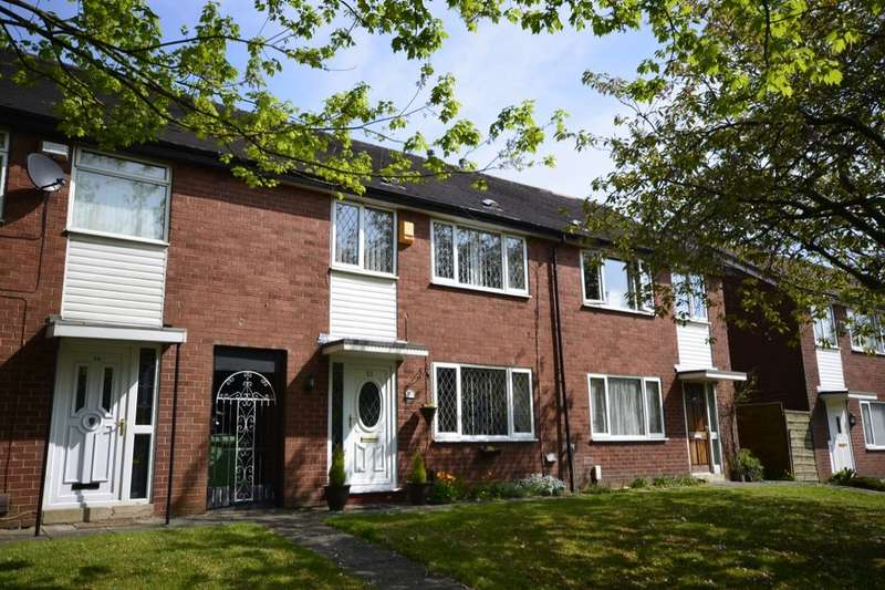 3 Bedrooms Semi Detached House for sale in Tern Avenue, Farnworth, Bolton, BL4