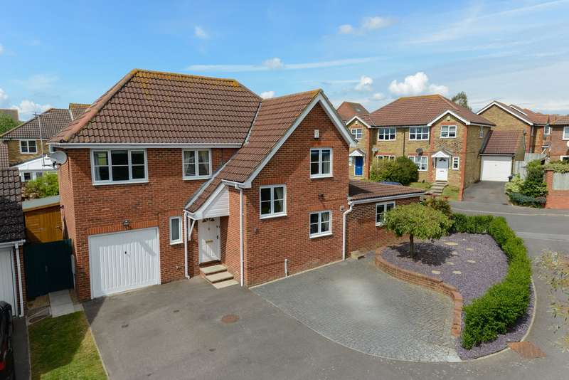 4 Bedrooms Detached House for sale in Rosewood Drive, Orchard Heights, Ashford TN25