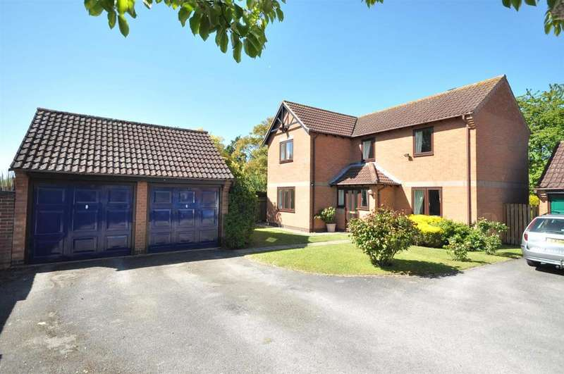 4 Bedrooms Detached House for sale in Lime Grove, Bottesford, Nottingham